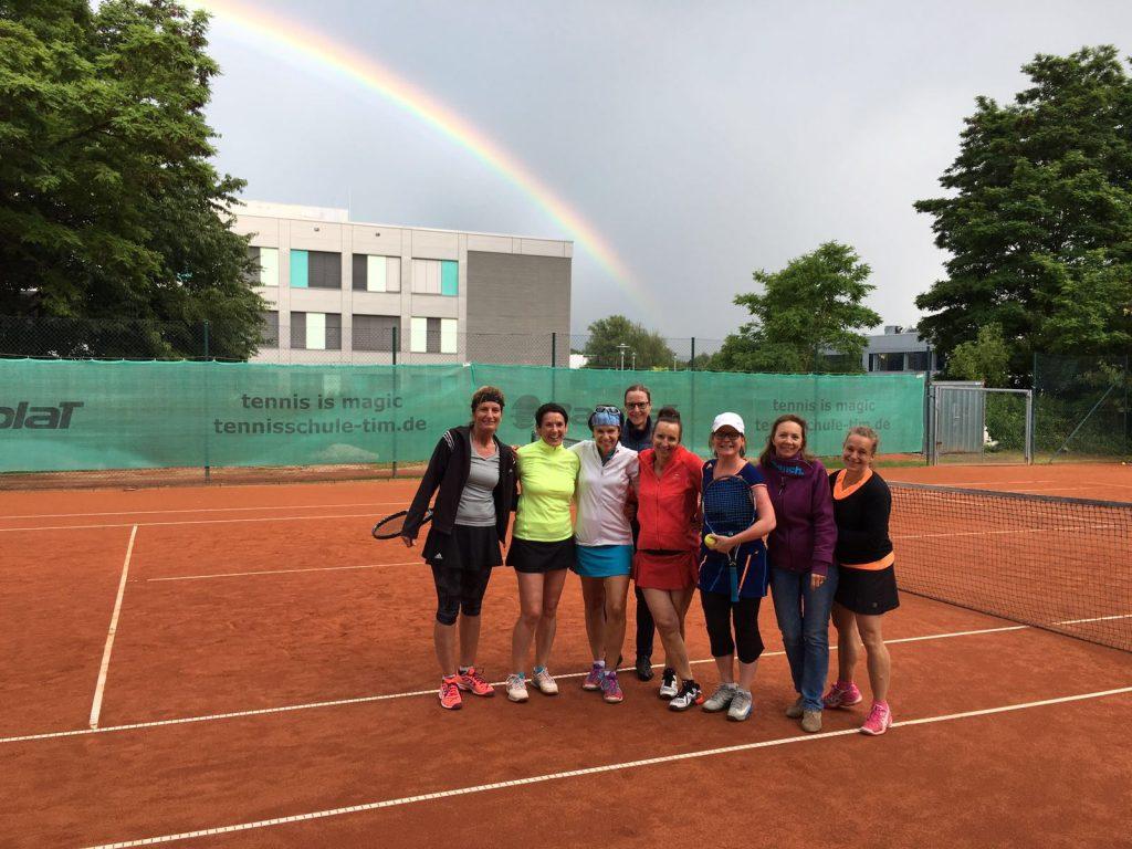 Damen_40_Gruppe_Regenbogen_II